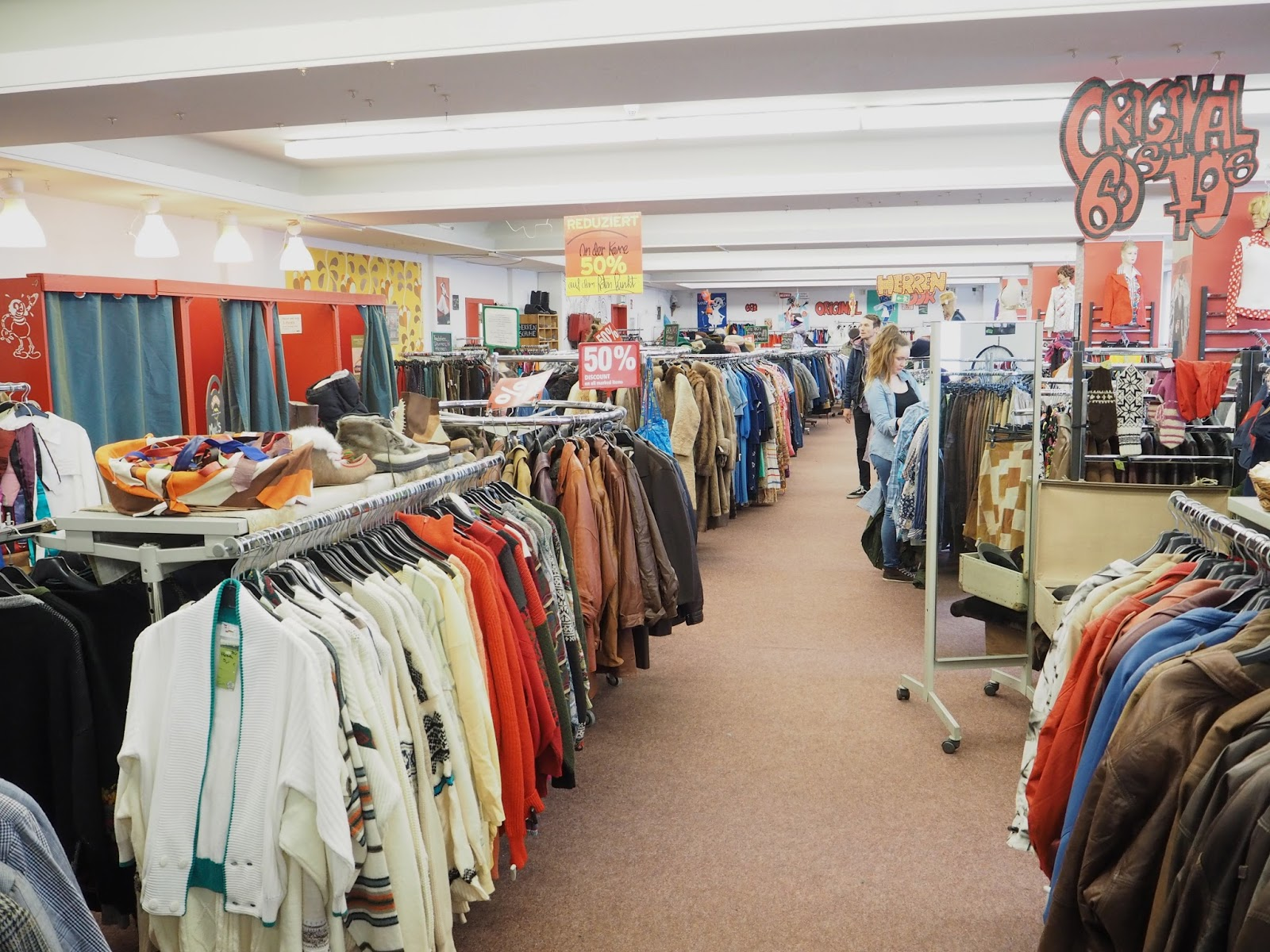The best vintage shopping in Berlin Humana secondhand shop