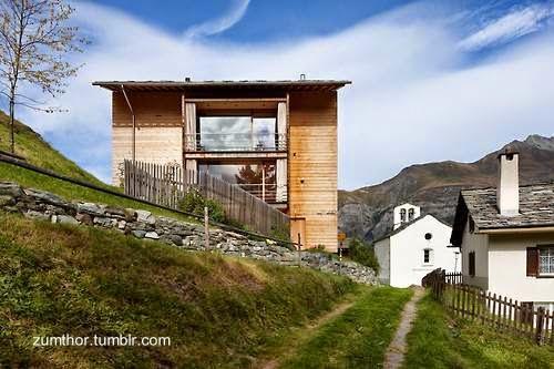 Chalet contemporáneo de madera en Suiza