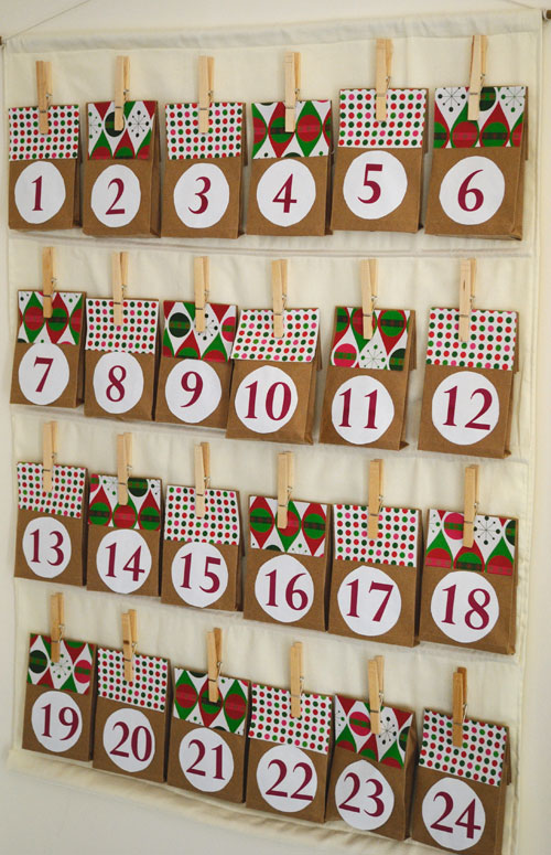 Easy diy advent calendar for Diy christmas advent calendar ideas