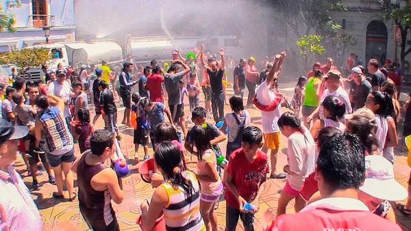 Autorizan venta de alcohol en la Plaza por Carnaval