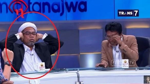 Zainal Arifin Debat dengan Adian Napitulu, Ngabalin Tutup Kuping