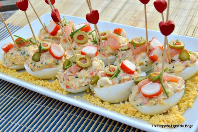 receta-de-huevos-rellenos-de-salmon-y-surimi