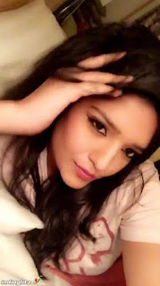 Hot Ritika Singh Selfie Photo Collection