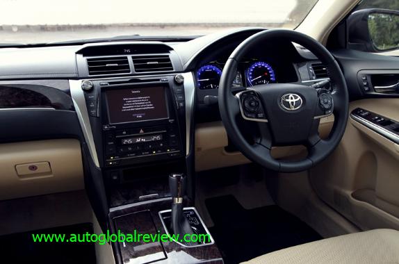 Toyota Camry 2.5 G