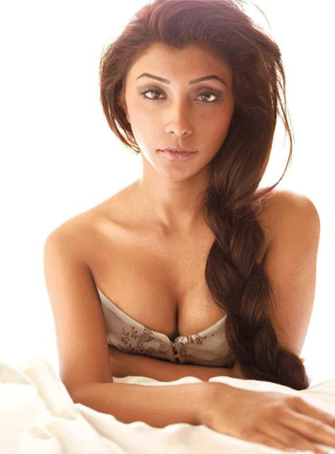 Bollywood Hot Actresses Photos: Deepal Shaw Bollywood Hot