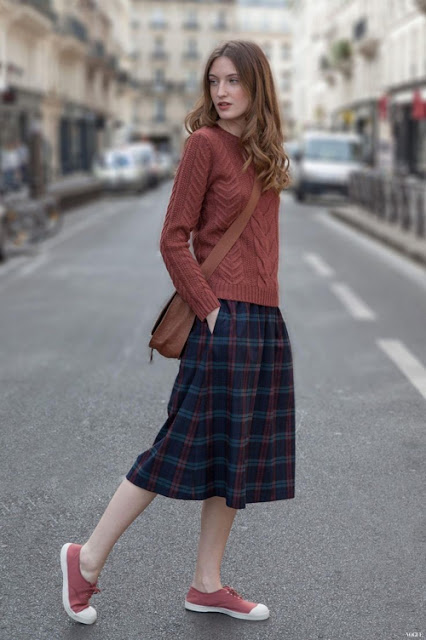http://stylecarrot.com/tag/fashion-week-street-style/