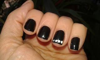 Manicura Negra y Blanca