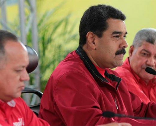 "Maduro anuncia una ""movida de mata"" en el PSUV"