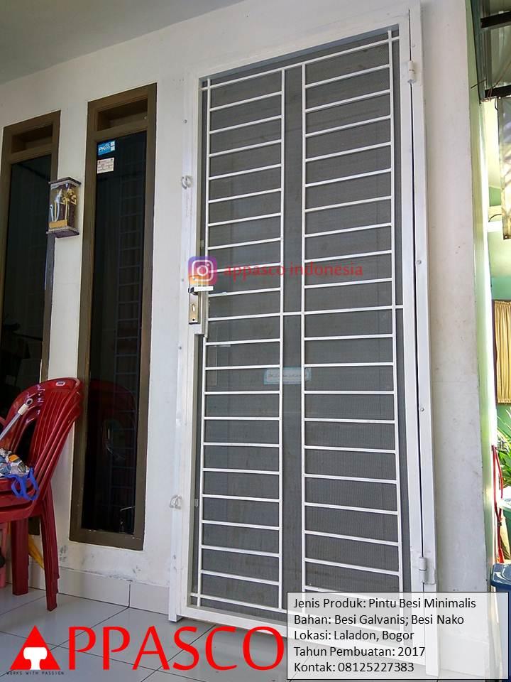 Pintu Besi Minimalis Galvanis di Taman Cimanggu