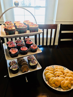 Cupcakes and Kringla