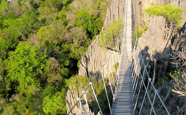 www.xvlor.com Tsingy de Bemaraha National Park