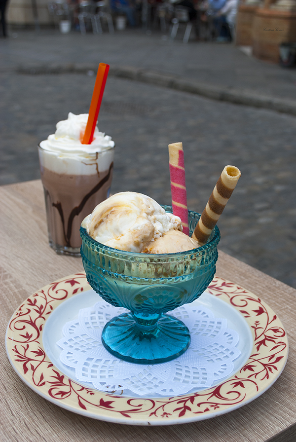 ice-cream milkshake seville spain