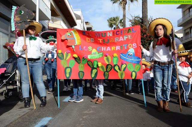 Cerca de un millar de escolares y once centros educativos participan en el Coso Escolar del carnaval de Los Llanos de Aridane