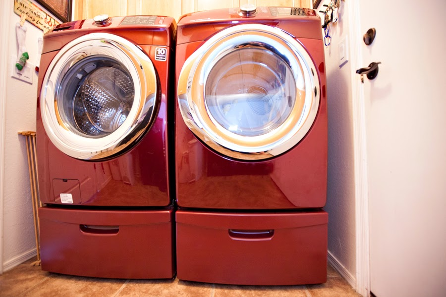 Not So Gross Painting Washer Dryer Pedestals