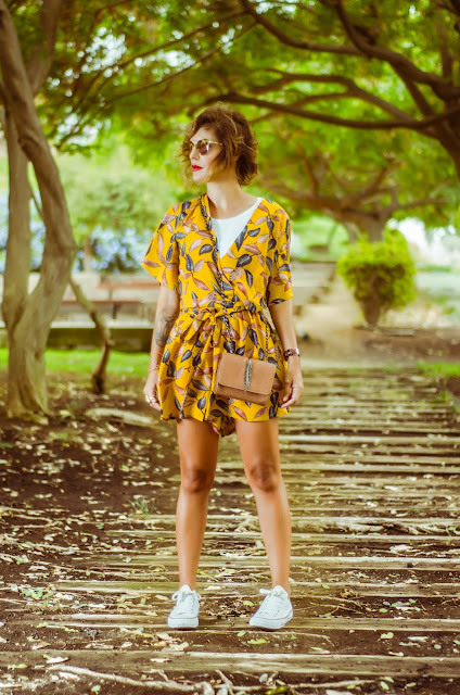 Leaves-Print-Cropped-Wrap-Top-And-High-Waisted-Lined-Shorts-Zaful