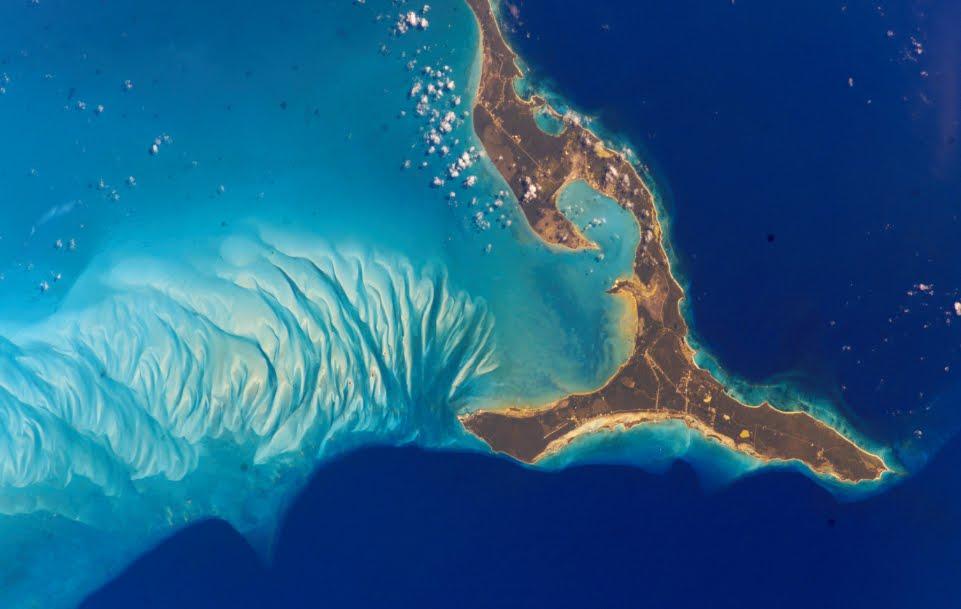Australia: la Grande barriera corallina visibile dallo spazio