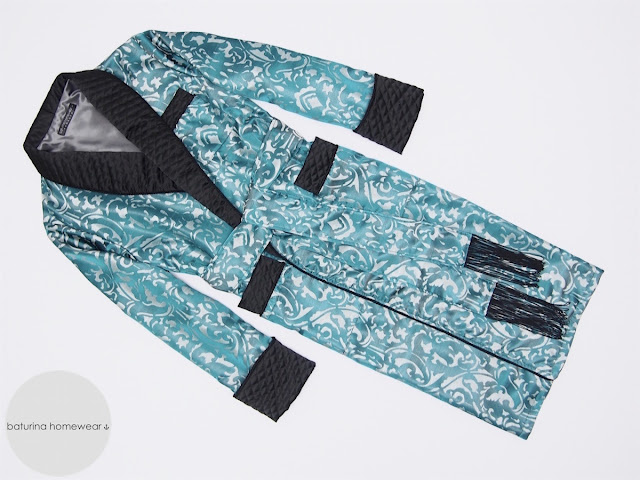 mens dressing gown english gentleman paisley jacquard silk blue black quilted silk lapel extra long warm
