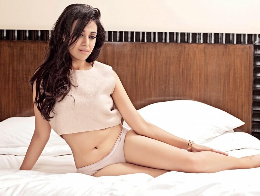 Swara-Bhaskar-Hot-Photoshoot-for-Maxim-India-Magazine-Oct-2013