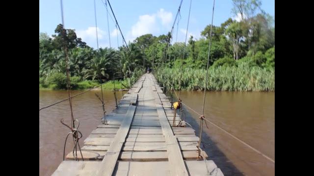 Negri Seribu Suluk masih menyimpan banyak dongeng rakyat Aek Martua, Diatas Air Terjun masih ada Air Terjun