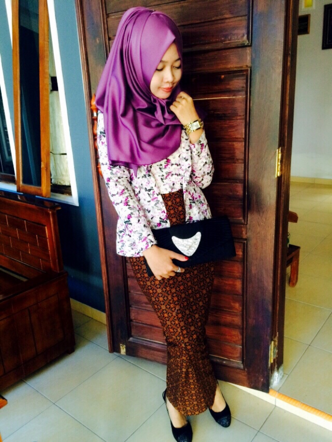 Rumah Butik Fashion Muslimah Model Kebaya Kutu Baru Muslim Modern