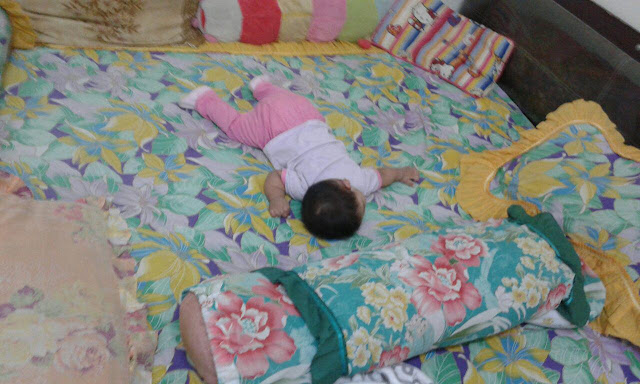 Cara Tidur Dengan bayi dengan Selamat