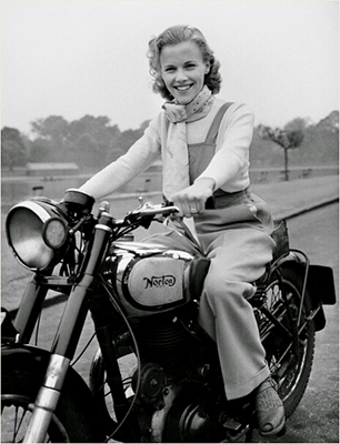 http://denverbob.tumblr.com/post/153740600819/honor-blackman-norton-big-four-london-1949