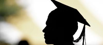 Deputado condena tentativa de cobrança em universidades públicas