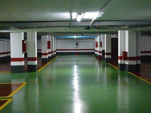 Limpieza de garajes con hidrolimpiadora en Tarragona