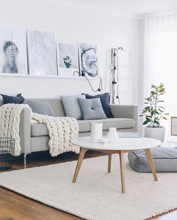 White colors are usually best suited for a living room. However, many of us are normally tended to shy away from a combination of colors, maybe because some color is creating a dramatic expression of our personality. Here are some of white best living room ideas.