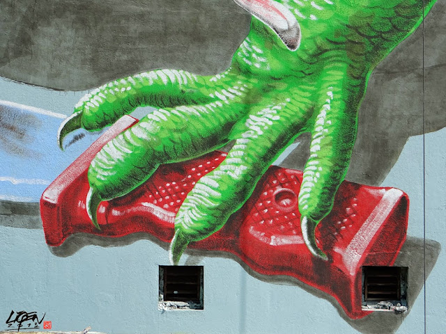 """Iguana Cuatro"" New Street Art Mural By Liqen For Los Muros Hablan 2013 in San Juan, Puerto Rico. 6"