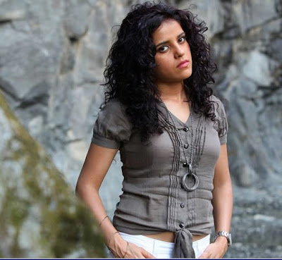 Piaa Bajpai Images And HD Wallpapers, Laal Rang Movie Actress Piaa Bajpai Images, Pictures And Wallpapers
