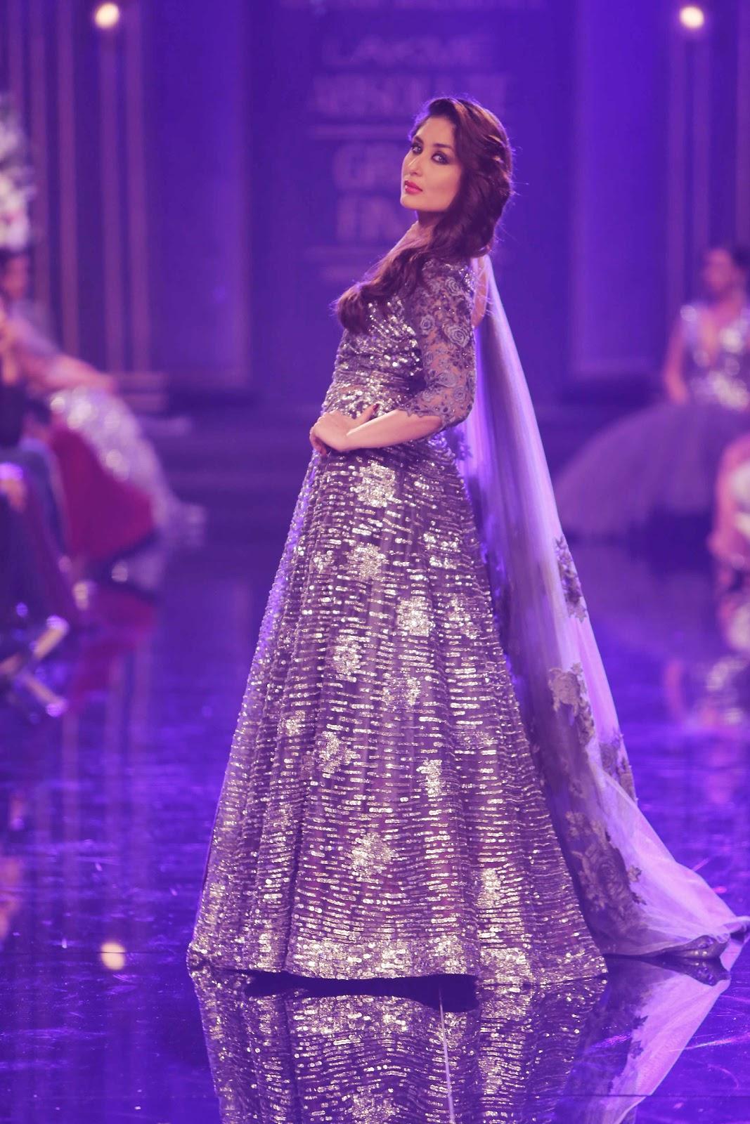 Kareena Kapoor poses for Manish Malhotra's Collection: LWF 2014