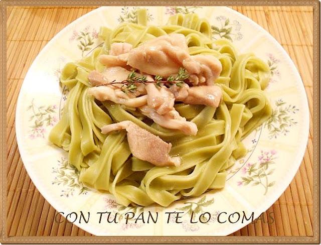 Cintas verdes con pollo al limon