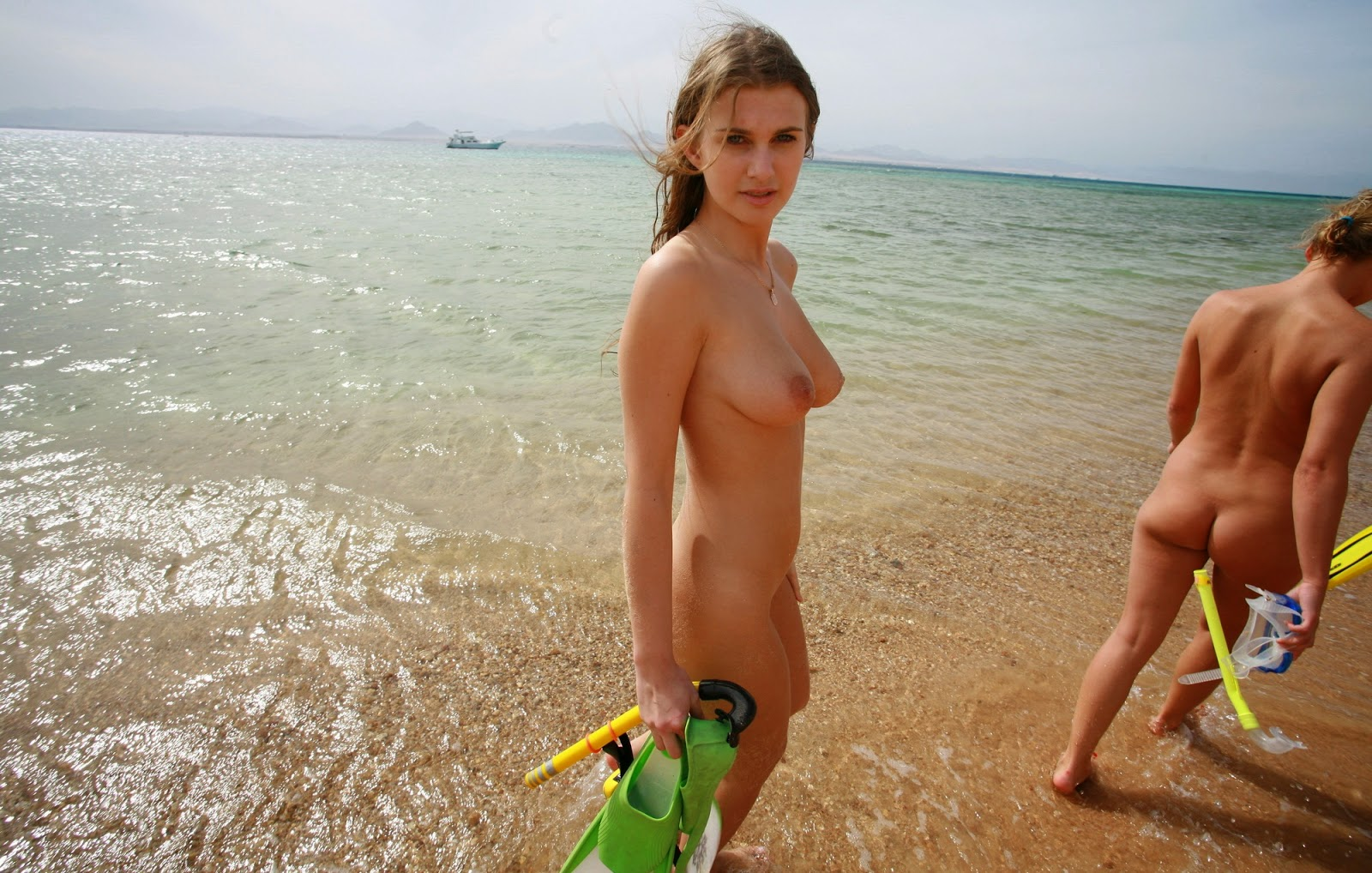 Nudism - Photo - Hq  Girls Young - Nude Beach Egyptian-1465