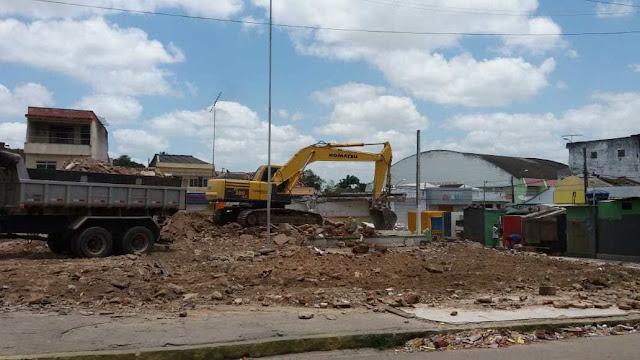 Terminal rodoviário é demolido em Nazaré da Mata