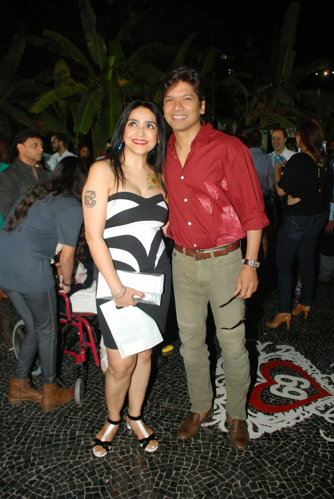 Singer Shaan and his wife