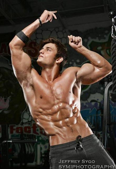 Daily Bodybuilding Motivation: MODEL BRYANT WOOD (Fashion