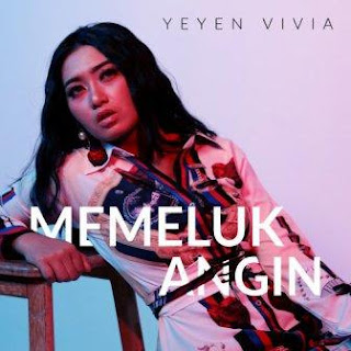 Lagu ini masih berupa single yang didistribusikan oleh label Selosakti Records Lirik Lagu Yeyen Vivia - Memeluk Angin