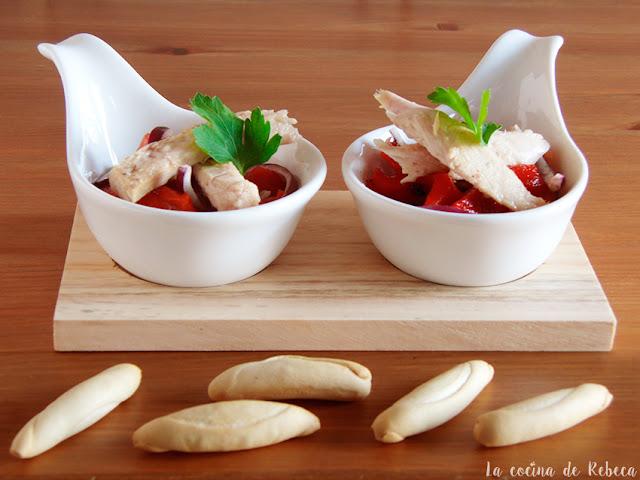 Ensalada de pimientos asados con melva