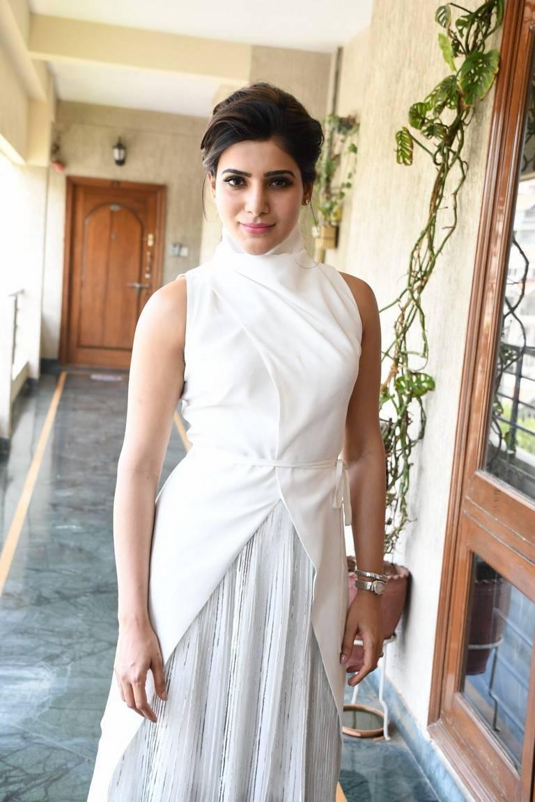 Glamorous Samantha Latest Photos In White Dress