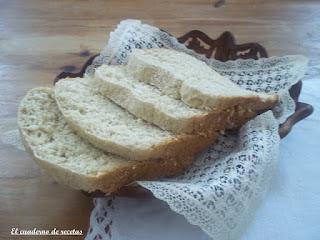 Pan blanco son salvado de avena en panificadora