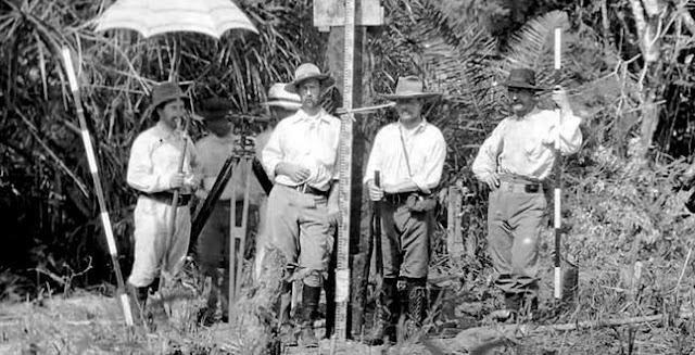 Percy Fawcett (au centre) avec ses compagnons lors d'une de leurs expéditions