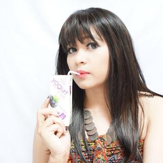 manfaat-yogurt-heavenly-blush-blackcurrant-untuk-kecantikan.jpg