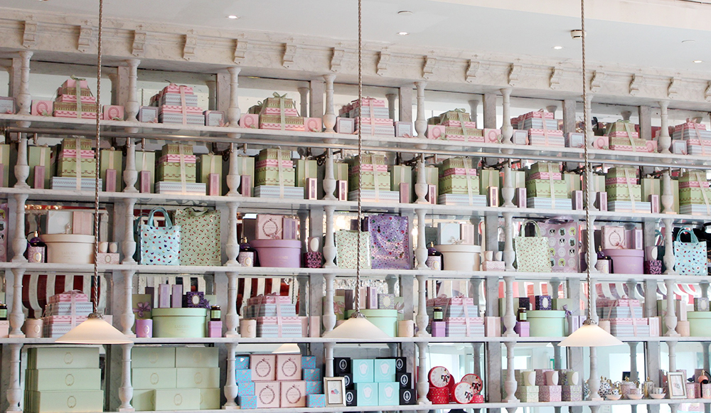 laduree harrods, paige joanna, photography, blogger