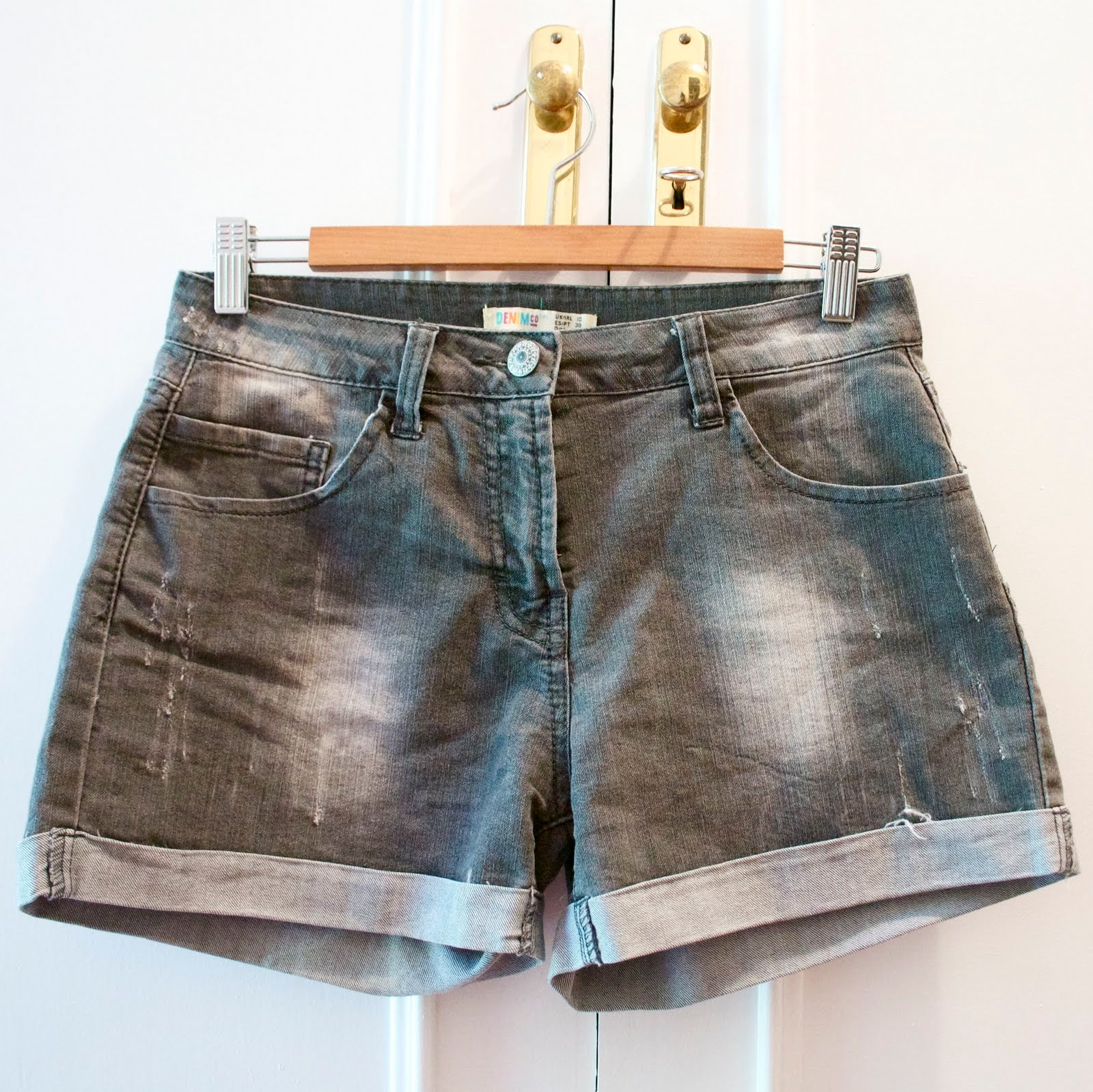 Cómo customizar unos shorts denim-222-crimenesdelamoda