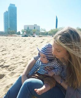 la playa para estimulación sensorial en bebes