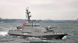 Nga nổ súng tấn công vũ bão vào tàu tuần tra của Ukraine