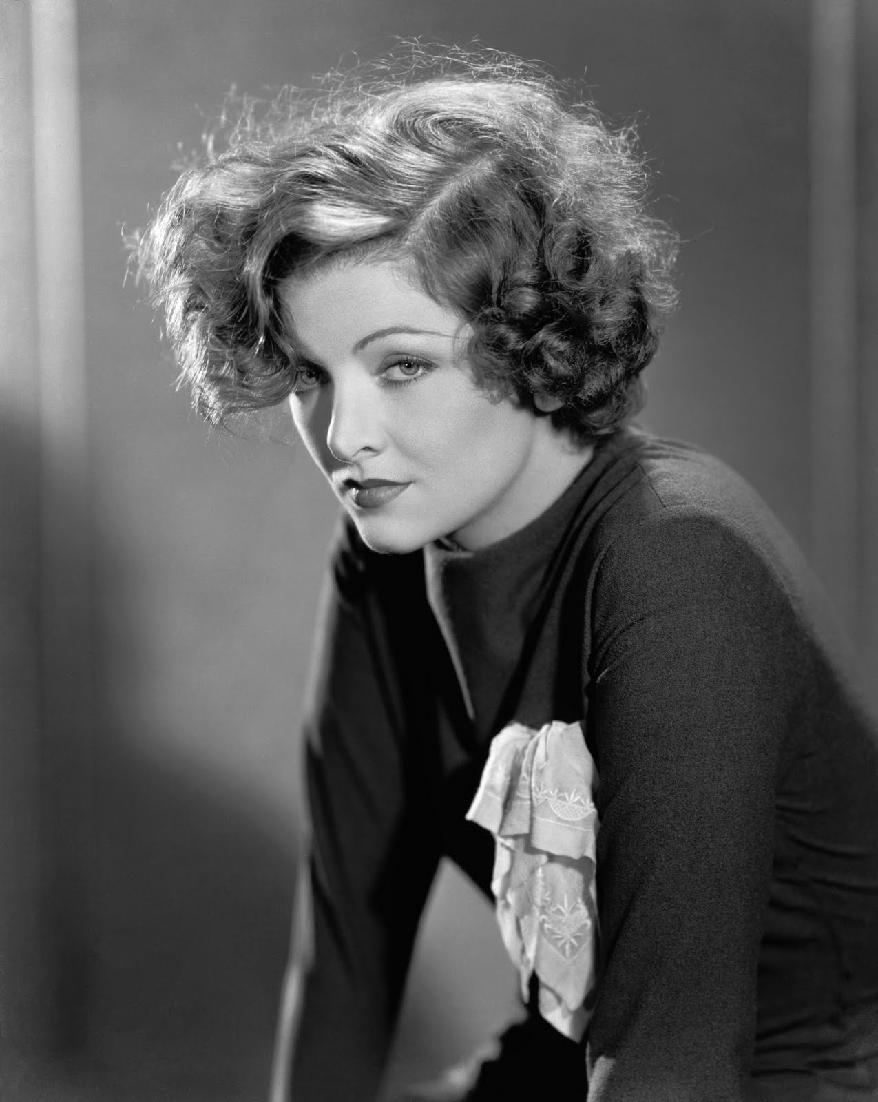 30 Stunning Black And White Portraits Of Myrna Loy From The 1930S And 1940S  Vintage -4244