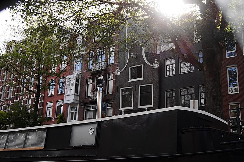 Amsterdam Grachtenrundfahrt im Sommer