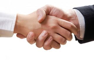 Ingin Tebak Umur Seseorang? Inilah 3 Trik Berjabat Tangan Yang Bisa Meramalkan Masa Depan Seseorang